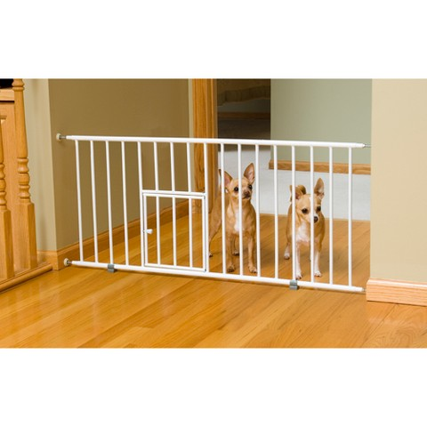 Carlson Pet Products Mini Gate with Pet Door - White