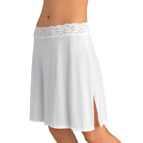 """Vassarette® Women's Body Curves 18"""" Half Slip"""