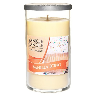 Yankee Candle® Home Classics Perfect Pillar Candle - Vanilla Icing (10 Oz)