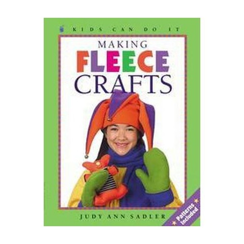 Making Fleece Crafts (Paperback)