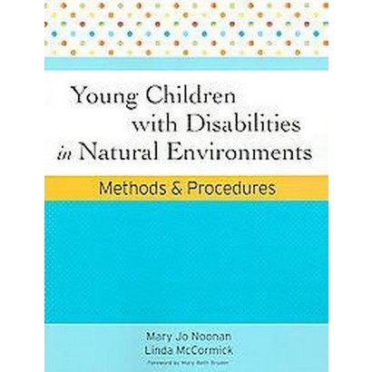 Young Children With Disabilities in Natural Environments (Paperback)
