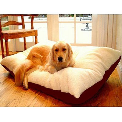 Majestic Rectangle Pet Bed - Burgundy
