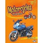 Motorcycles on the Move ( Lightning Bolt Books -- Vroom-vroom) (Hardcover)