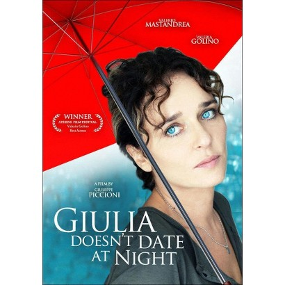 Giulia Doesn't Date at Night (Widescreen)
