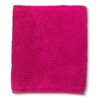 Room Essentials™ Fast Dry Bath Towel - Dashing Pink