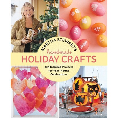 Martha Stewart's Handmade Holiday Crafts (Hardcover)