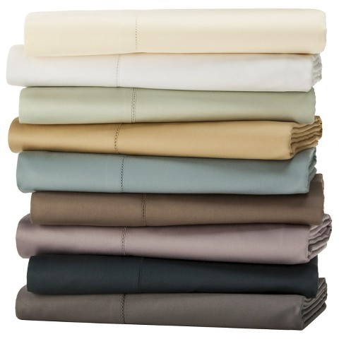 Fieldcrest® Luxury Egyptian Cotton 600 Thread Count Pillowcase Set