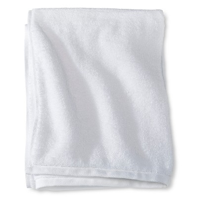 Room Essentials™ Fast Dry Bath Towel - True White
