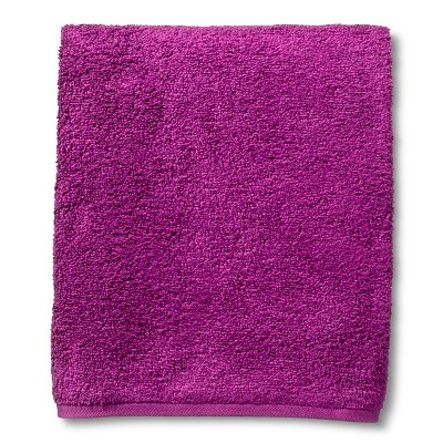 Fast Dry Bath Towel Berry - Room Essentials™