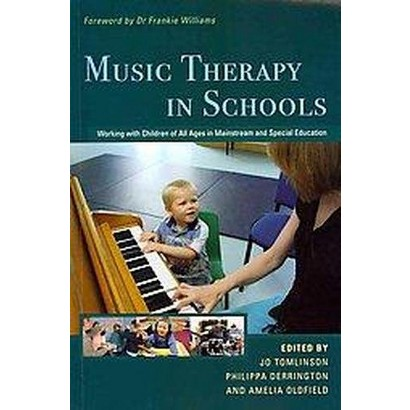 Music Therapy in Schools (Paperback)
