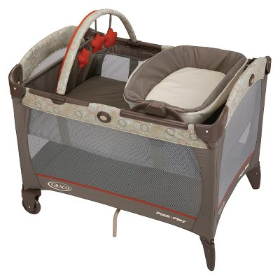Graco Pack 'n Play Playard Reversible Napper - Forecaster