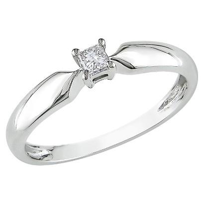 1/10 CT.T.W. Princess-Cut Diamond Solitaire Ring in 10K Yellow Gold