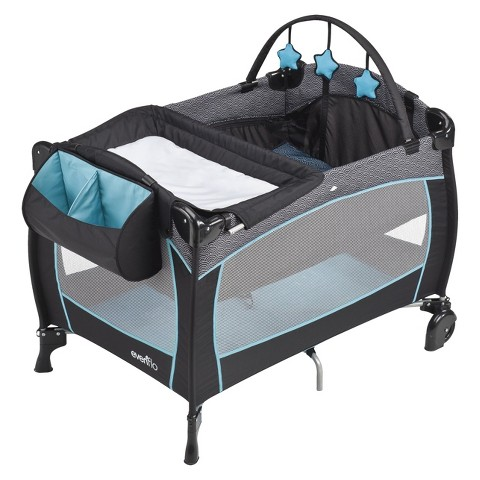 Evenflo BabySuite 300 Playard
