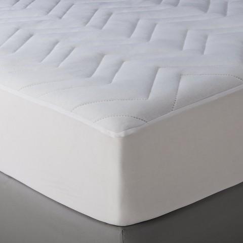 Room Essentials™ Basic Mattress Pad White Tar