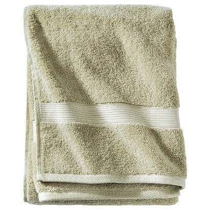 THRESHOLD™ BATH TOWEL - GREEN MEDOWS