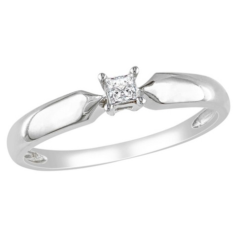 1/10 CT. T.W. Princess Diamond Solitaire Ring in Sterling Silver