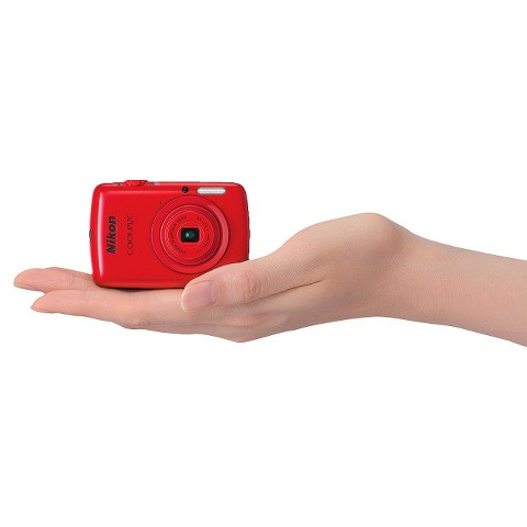 Nikon COOLPIX S01 10.1MP Digital Camera with 3x Optical Zoom - Red