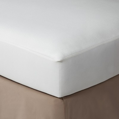 Threshold™ Knit Mattress Protector - King
