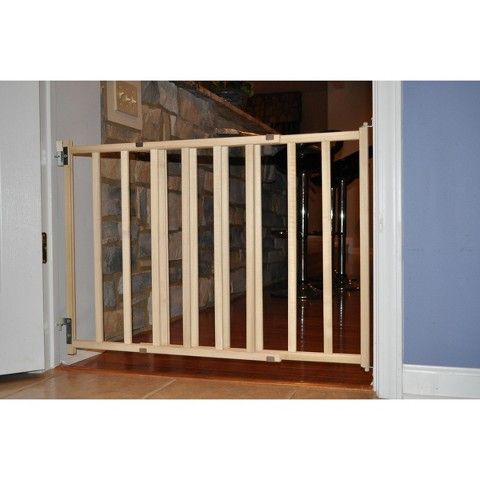 GuardMaster® III 476 Std. Wood Slat Swing Baby and Pet Gate
