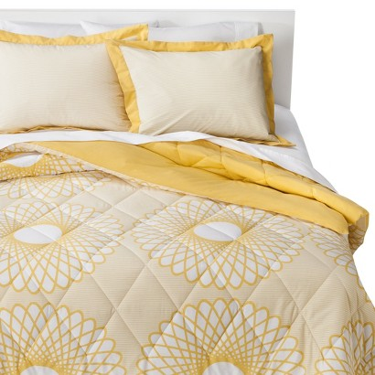 Room Essentials® Karagraph Comforter Set