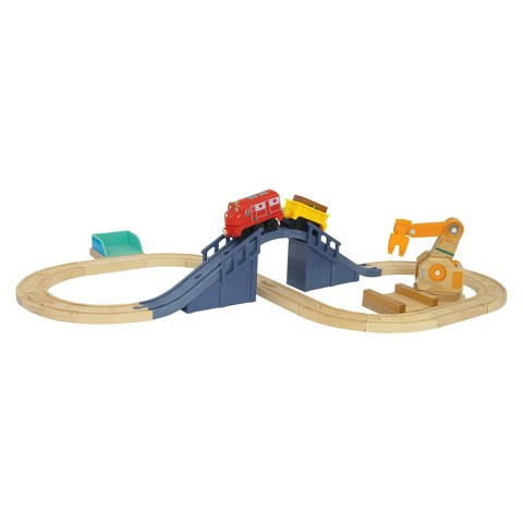 Chuggington Wooden Railway Wilson's Lift and Load Train Set