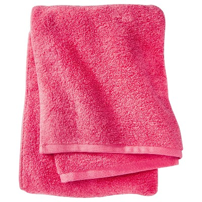 Room Essentials™ Fast Dry Bath Towel - Ultra Coral
