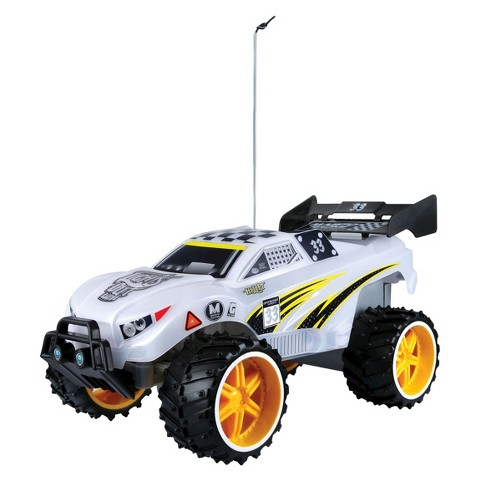 Maisto Tech Light Runners Remote Control Vehicle