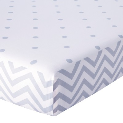 Circo™ Duo-Print Fitted Crib Sheet - Zigs n' Zags