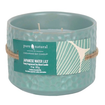 Pure and Natural Japanese Water Lily 11 Oz Candle