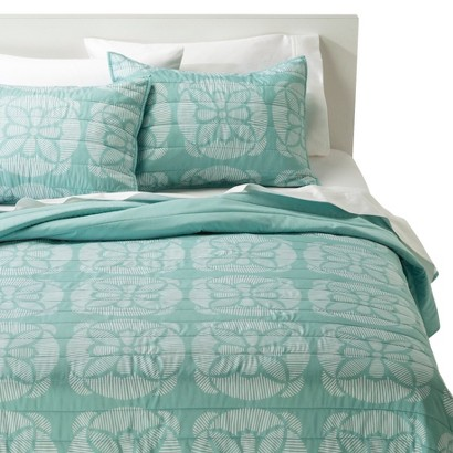 Room Essentials® Line Medallion Quilt