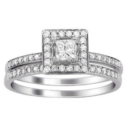 1/2 CT. T.W. Diamond Halo Bridal Set in 14K White Gold (HI-I1)