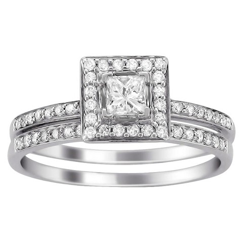 1/2 CT. T.W. Diamond Halo Bridal Set in 14K White Gold (HI-I1)