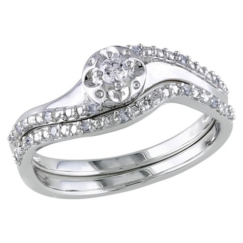 1/7 CT.T.W. Diamond Ring in Sterling Silver