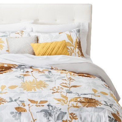 Felicity Pleated Floral Duvet Set - White/Gold (King)