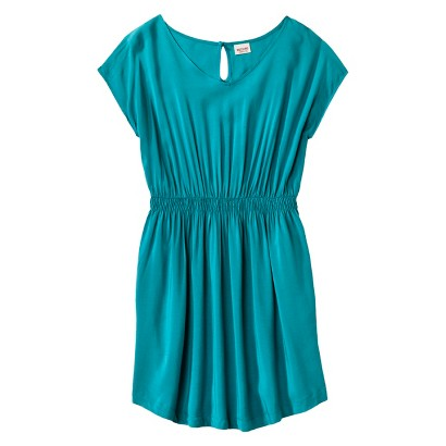 Junior's Plus Size Cap Sleeve Dress
