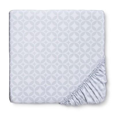 Circo™ Woven Fitted Crib Sheet - Grey Geo