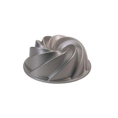 Nordic Ware Heritage Bundt Cake Pan