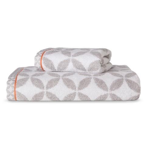 Threshold™ Heathered Circle Bath Towel