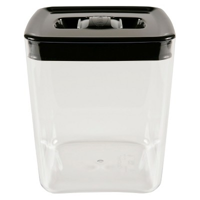 Canister Cube 3.5Qt. Click Clack Silver Lid W/ Tinted Base