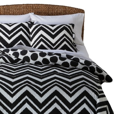 Chevron Comforter Set - Black/White (Full/Queen)