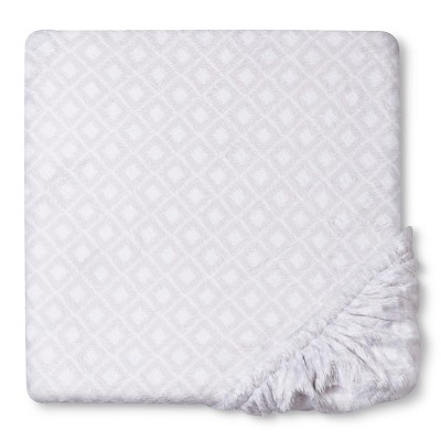 Circo™ Plush Sheet - Gray Geo