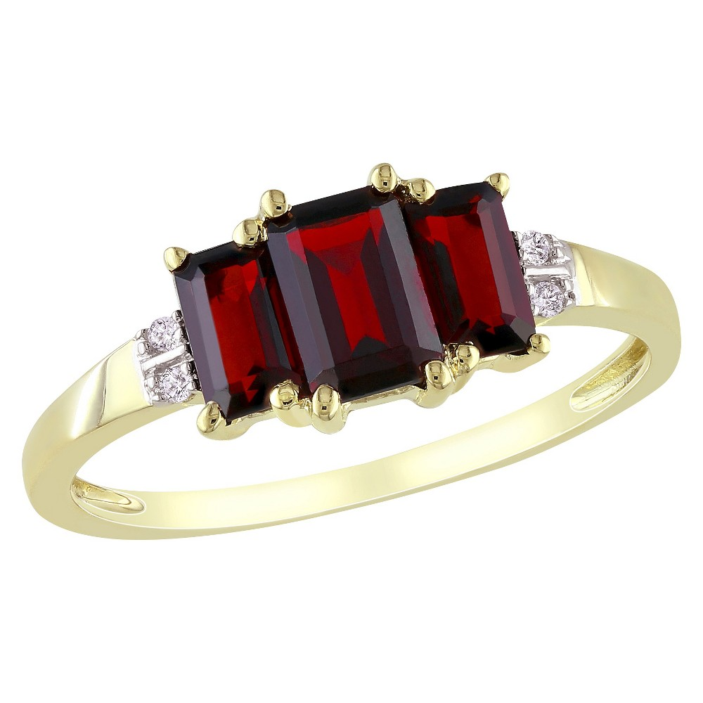 Allura 0.02 CT. T.W. Diamond with 1 5/8 CT. T.W. Garnet 4-Prong Ring in 10K Yellow Gold (GH I2-I3) (8), Size: 9, Red/White