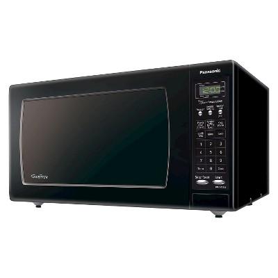 Panasonic 1.6 Cu. Ft. 1250 Watt Genius Sensor Microwave Oven - Black NN-SN733B