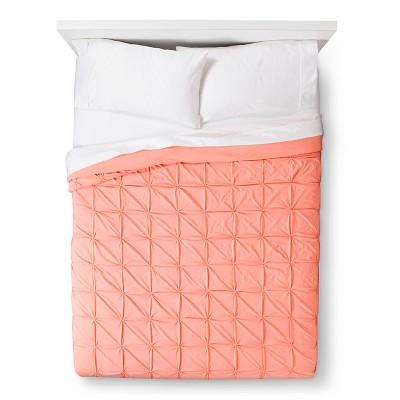 Room Essentials™ Jersey Quilt - Peach (King)