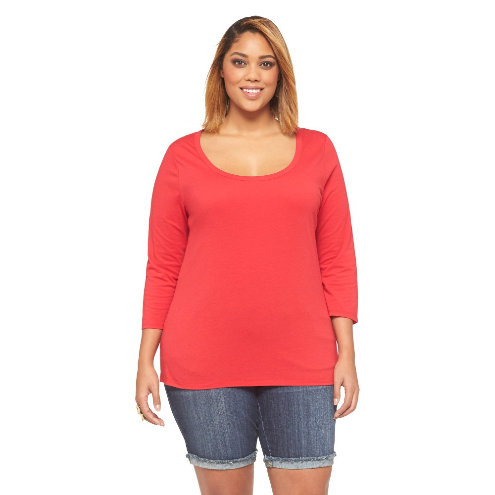 Women's Plus Size 3/4 Sleeve Scoop Neck Fashion Tee Red Ava & Viv