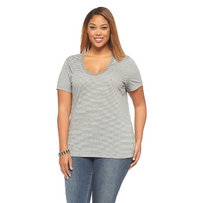 Women's Plus Size Scoop Neck Basic Tee Gray X-Ava & Viv