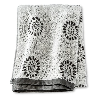 Bath Towel Dark Grey Geo - Threshold™