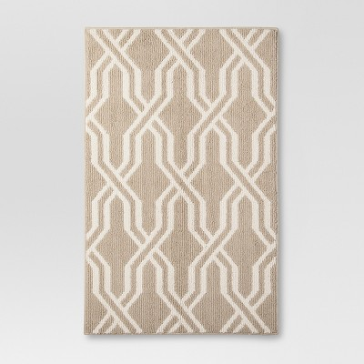"Threshold™ Lattice Accent Rug - Tan (4'x5'6"")"