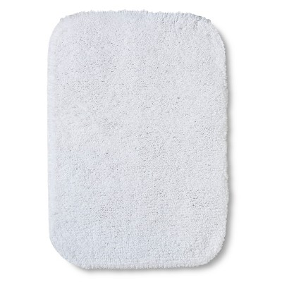 "Room Essentials™ Bath Mat - True White (17x24"")"