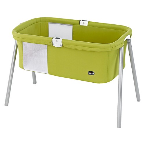 Chicco lullago portable bassinet for Portable bassinet